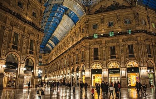 Passeio pela Galeria Vittorio Emanuele II em Milão